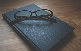 glasses-and book pixabay