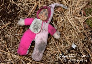 abandoned_doll